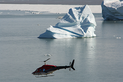 Helicopter in Scoresby Sund , image by Nanu Travel
